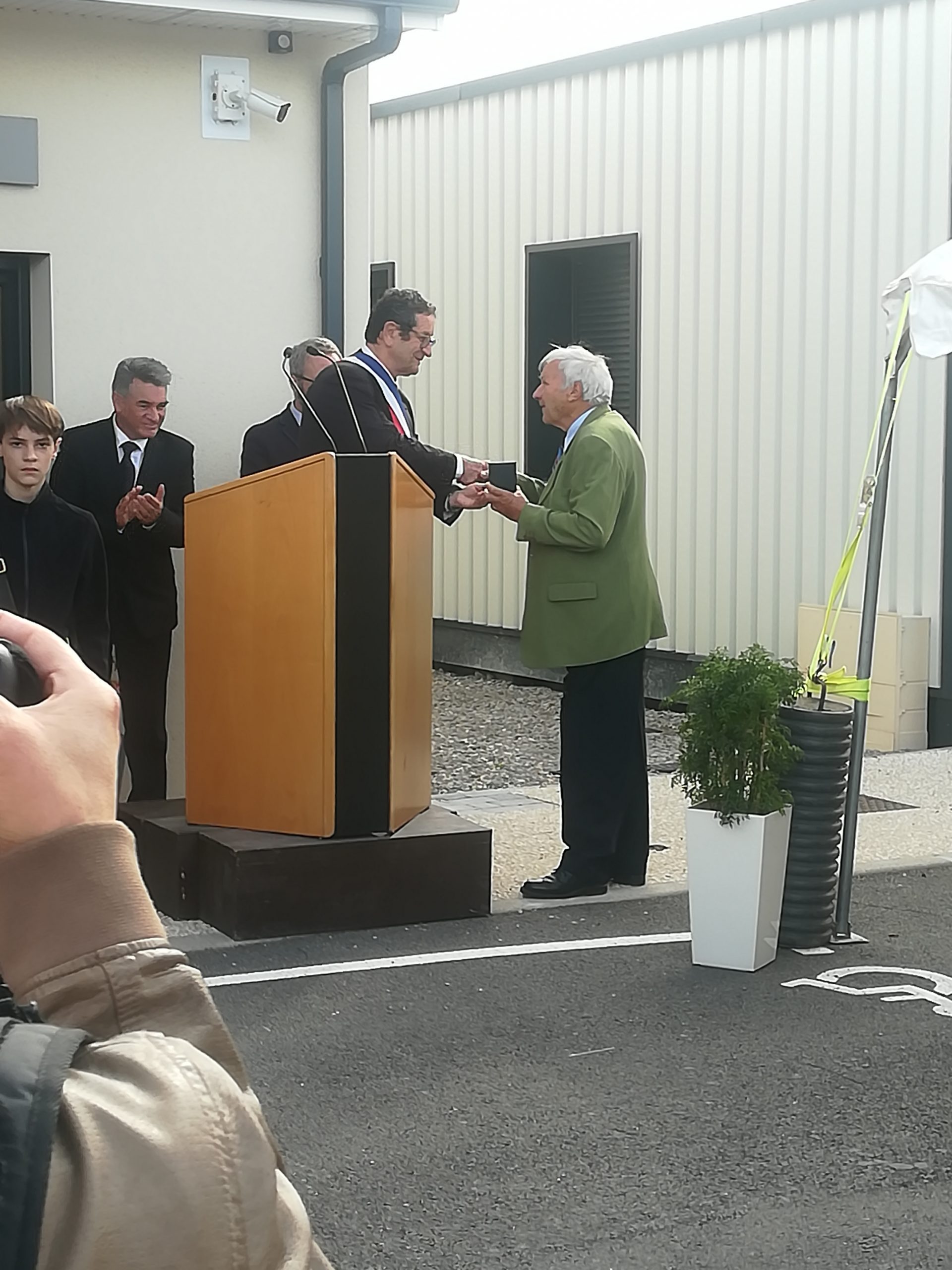 remise_medaille_1